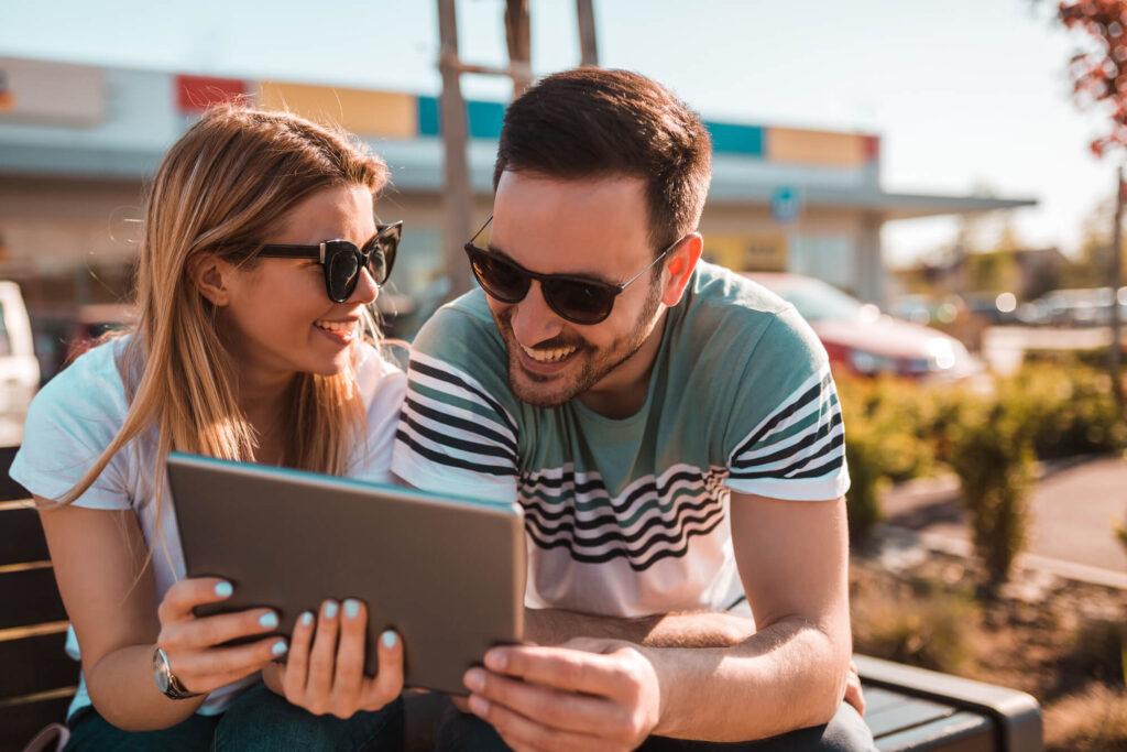 Сайты знакомств для брака и создания семьи